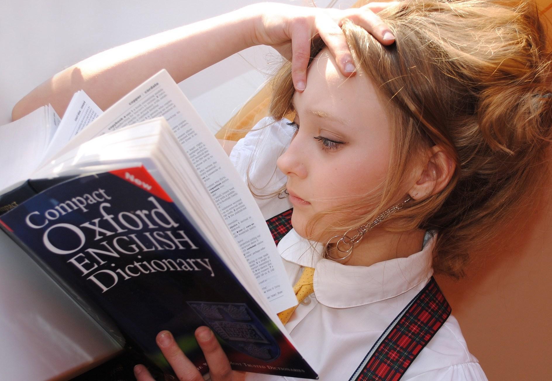 Girl-with-dictionary-Libellule789-via-Pixabay-com.jpg